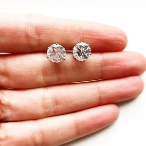 Chic 2-carat CZ diamond stud earrings